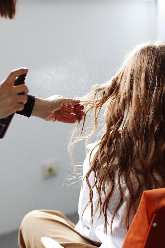 Jak skutecznie pielęgnować włosy?